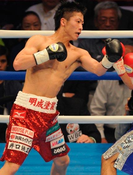 Иноуэ отобрал у Нарваеса титул чемпиона WBO