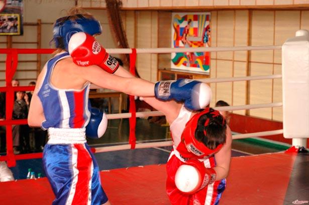 Занятия боксом - отличное лекарство против стресса!