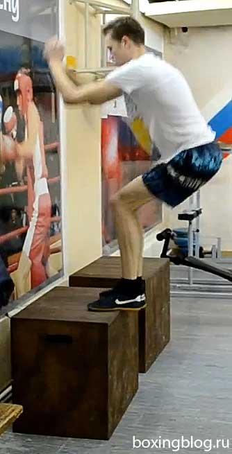 Упражнения для боксёров в тренажёрном зале: программа